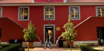 Biblioteca Municipal Casa da Horta Qta. Sta. Clara